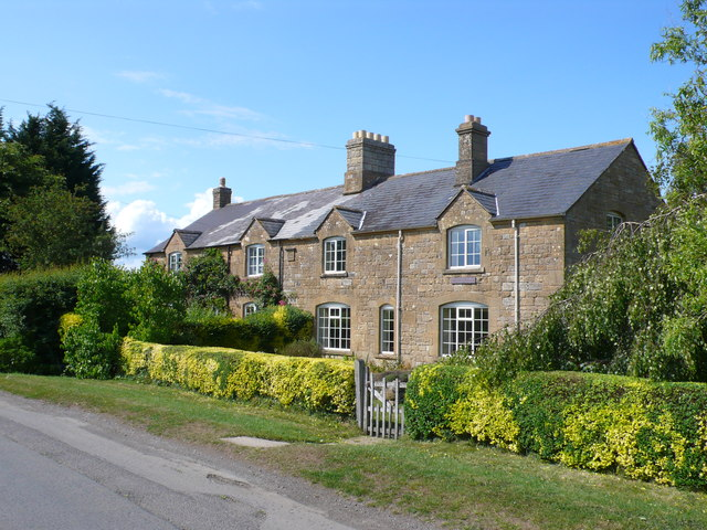 Little Buckland Cottages