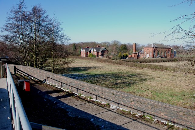 Pumping Station and houses from the rail bridge, Shenstone