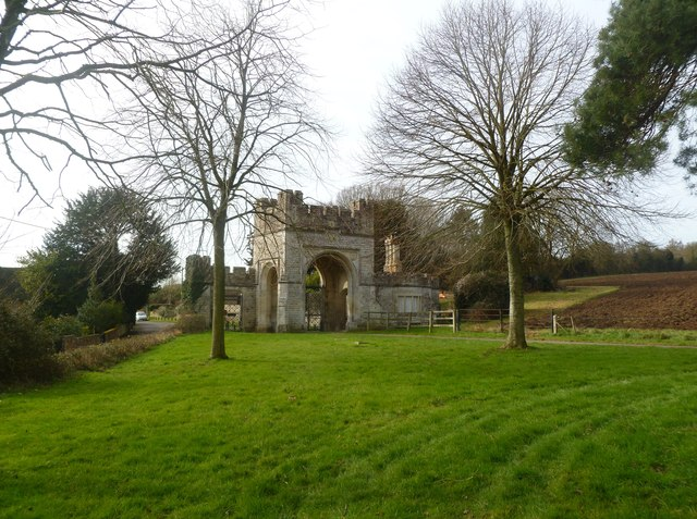 New Town, gatehouse
