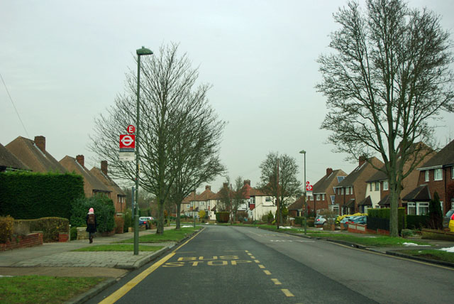 Chelsfield bus stops E and L