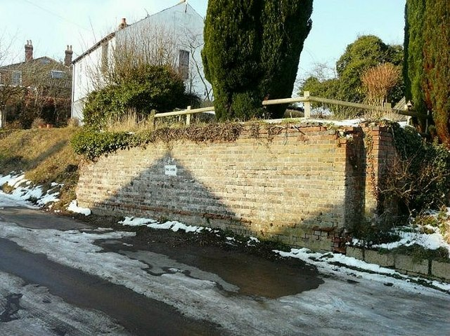 Remains of railway bridge, Railway Hill, Derringstone