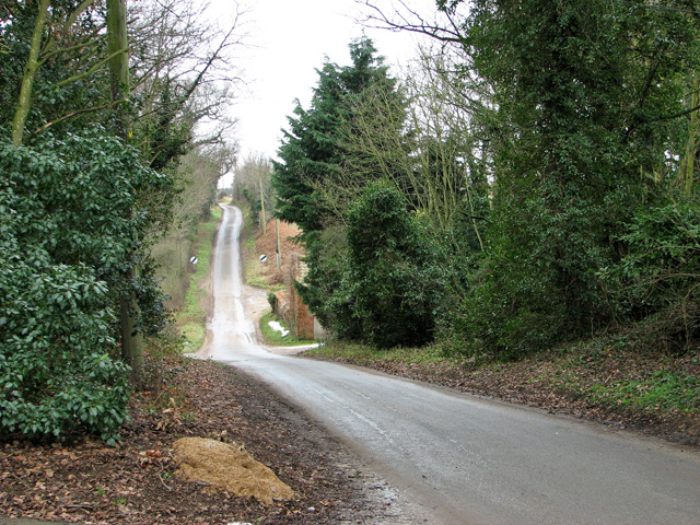 View south along Mill Road, Waldringfield
