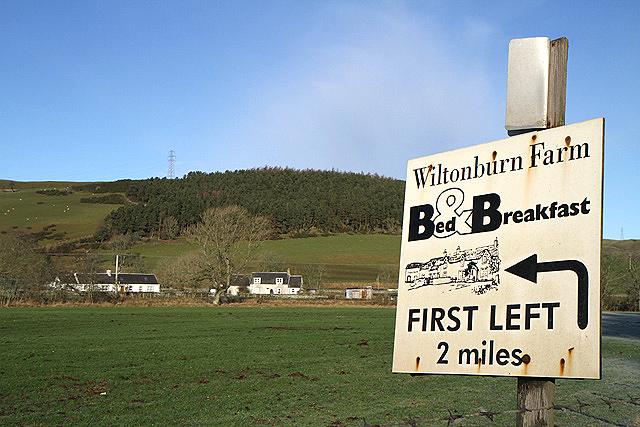 A B&B sign by the A7 near Haysike