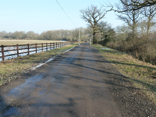 Footpath and drive to King's Barn Farm
