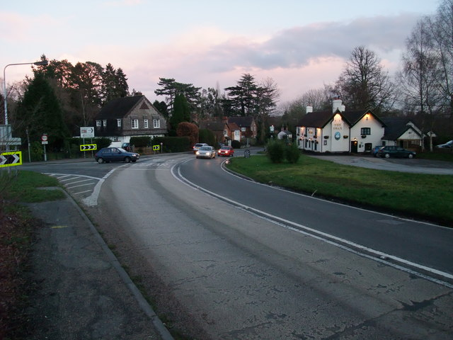 Entering Lyndhurst, and closed the gap!