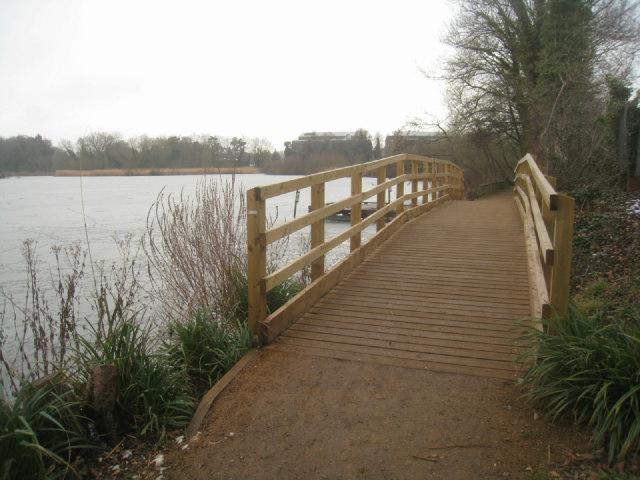 New footbridge - Fleet Pond