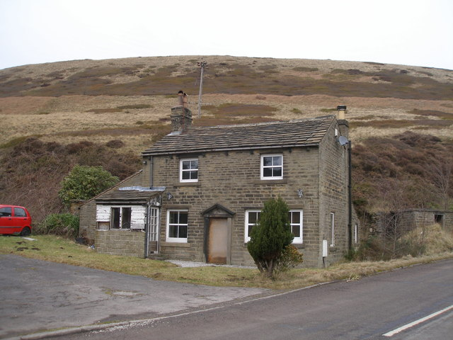 Cottage below Broad Hill Bank