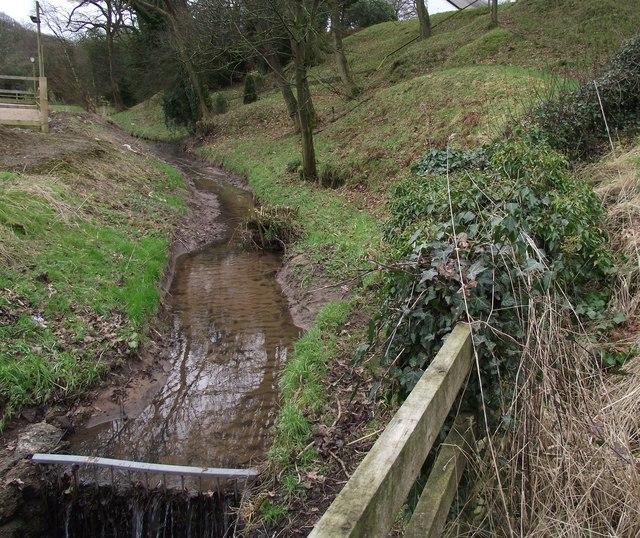 Quaker Brook, Hoghton
