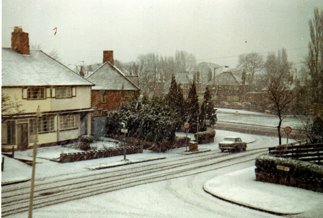 Park View Road and Hill Top Road in Snow 1973