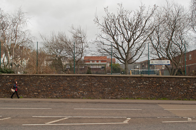 Ashley Primary School As Seen From Alexandra Road