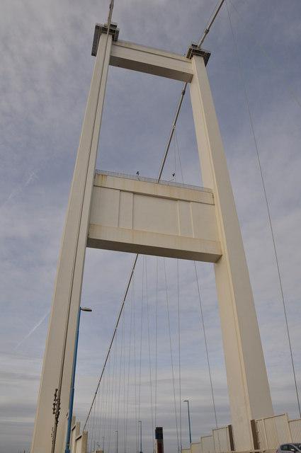 Severn Bridge : Vertical Suspenders