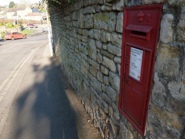 Sherborne: postbox № DT9 20, Cornhill