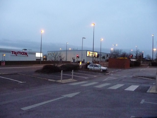 South Gloucestershire : Cribbs Causeway - Halfords Car Park