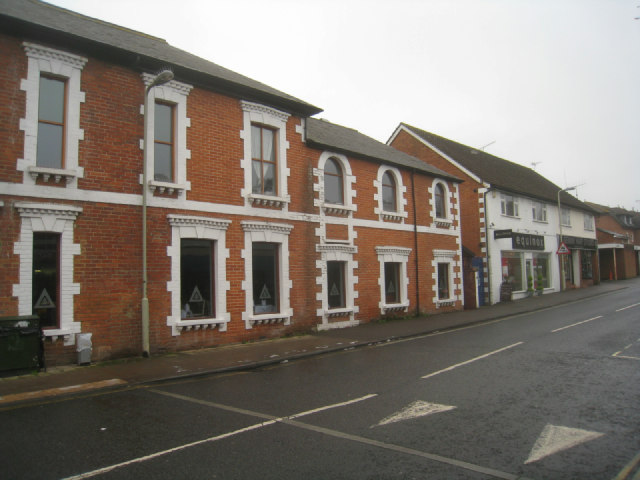 Ornate brickwork - Victoria Road