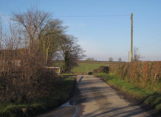 Lane past Woodland Farm