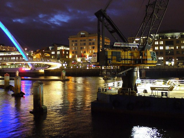 'Atlas' floating crane at night