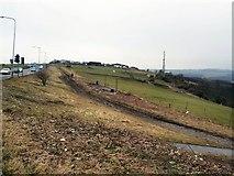 TQ3305 : Track near Warren Road by Paul Gillett