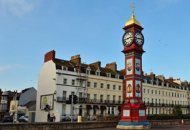 Weymouth: Memorial Clock
