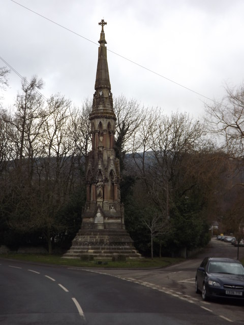 Memorial monument entering New Radnor