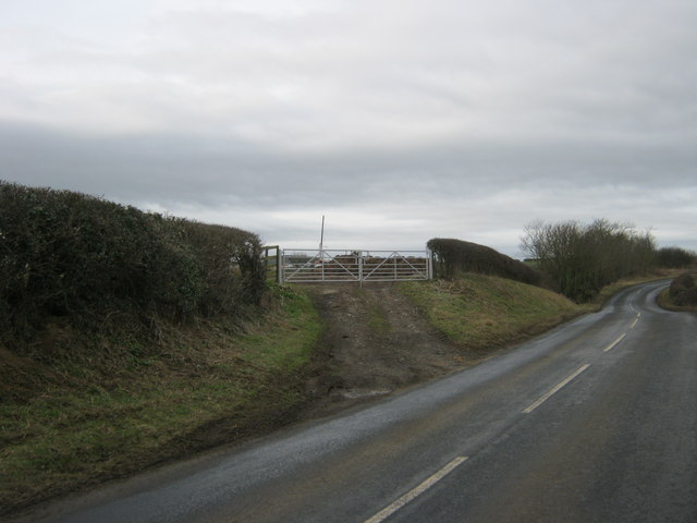 Field Gate to farmland south of the Manfield to Cleasby Road