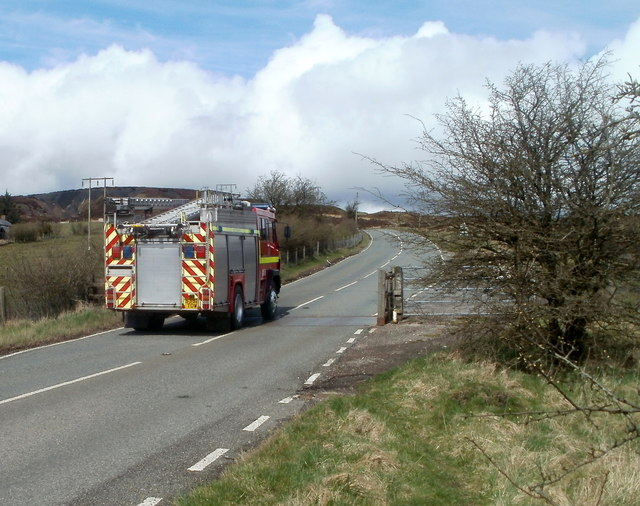 Fire engine on an emergency callout heads north along Abergavenny Road, Blaenavon