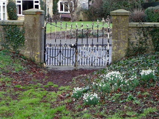 Gate, Marnhull