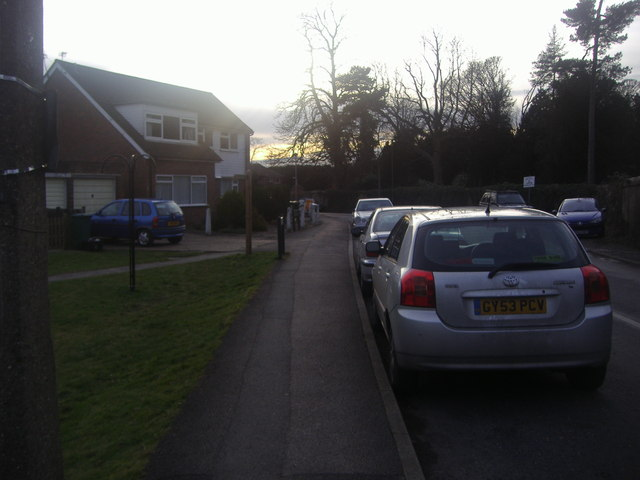 Chequers Lane, Walton-on-the Hill
