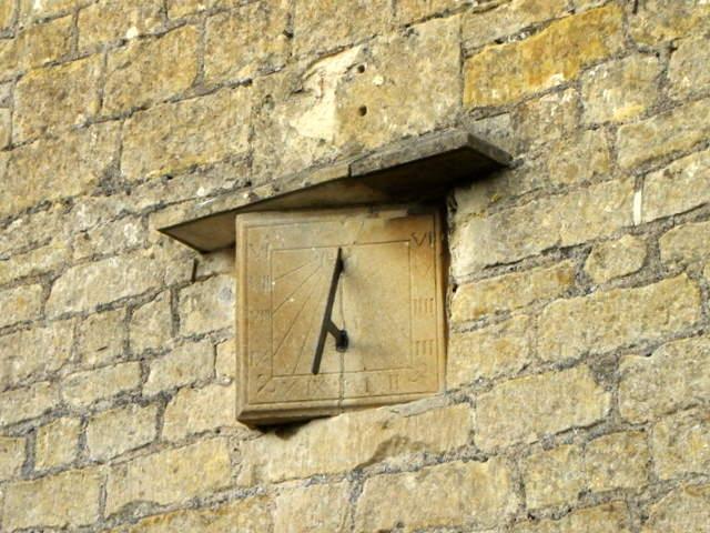 Sundial, Dial House