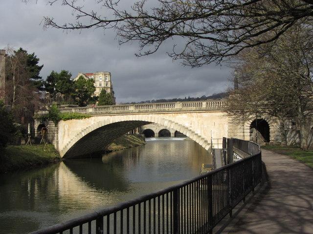 North Parade Road bridge, Bath