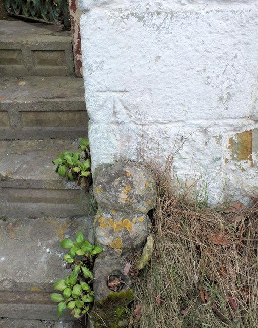 Benchmark on Clock Cottage