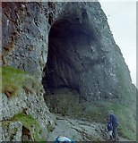 SK0954 : Entrance to Thor's Cave by Penny Mayes