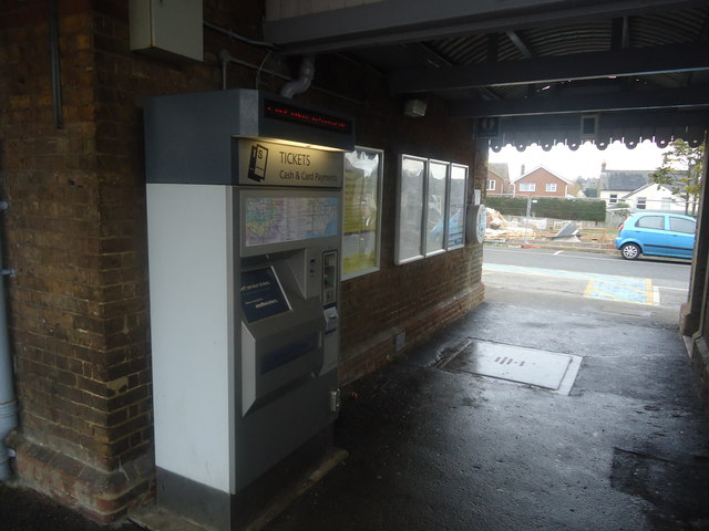 Ticket machine, Walmer railway station