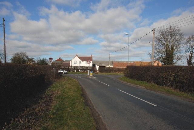 Drayton Lane meeting Sutton Road the A453