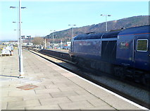 SS6593 : Platforms 1 and 2, Swansea railway station by Jaggery