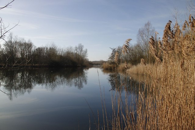 Gravel pit by the Kennet