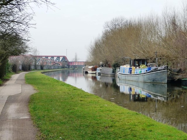 Nelly moored on the Paddington Branch