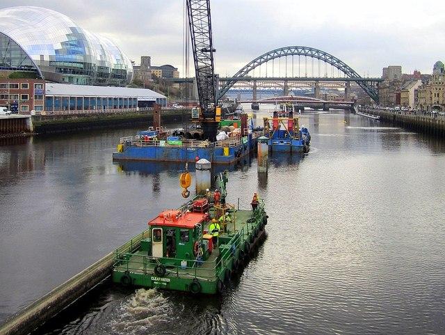 Removal of Gateshead Millennium Bridge Vessel Collision Protection System