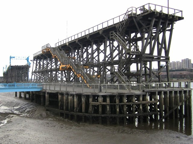Dunston Coal Staithes (east end)