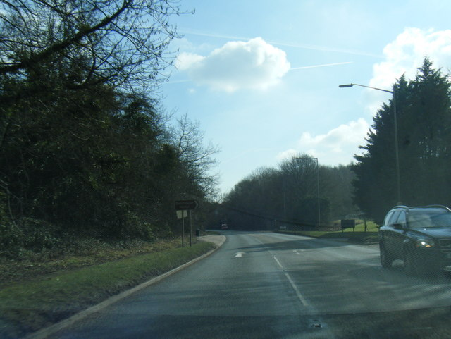 A40 Oxford Road at Bellhouse Hotel