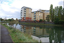 TM1543 : Riverside apartments, River Orwell by N Chadwick