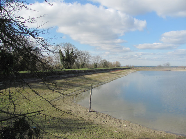 The South West Bank of Startops Reservoir at Low Water