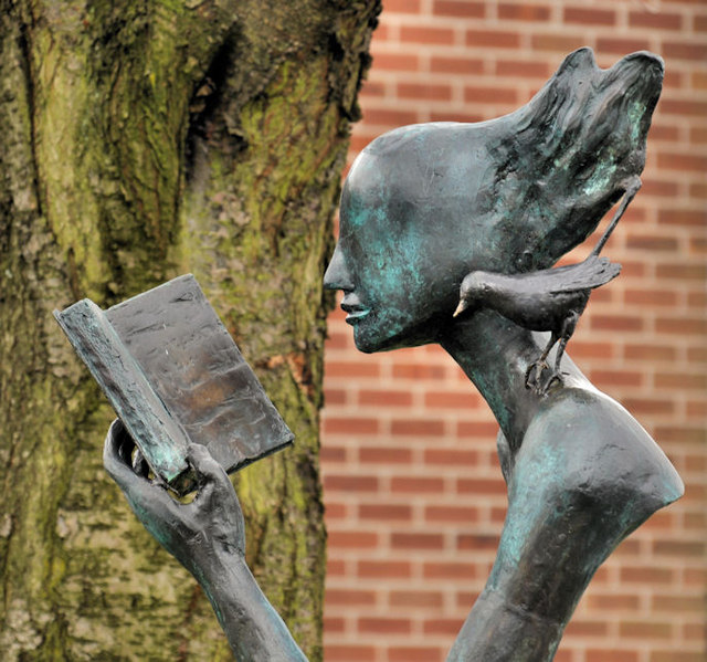 Library sculpture, Belfast