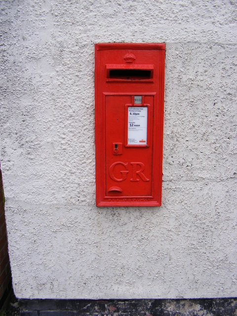 High Street George V Postbox