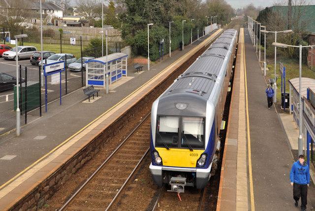 Train, Whiteabbey station (2012-3)