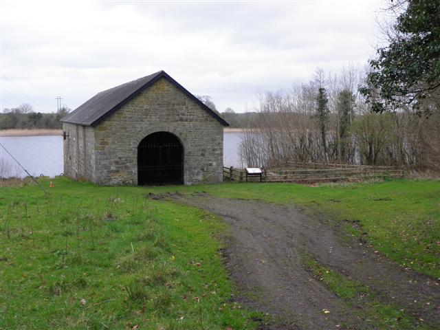 Turf house, Crom
