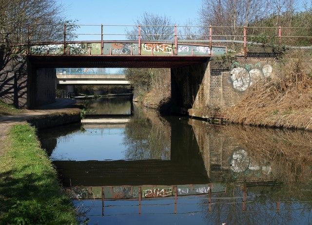 Bridges on the Grand Union Canal