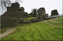 SX3384 : Launceston Castle by Philip Halling