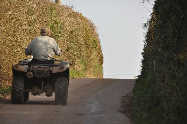 Mid Devon : Quad Bike on Cove Hill