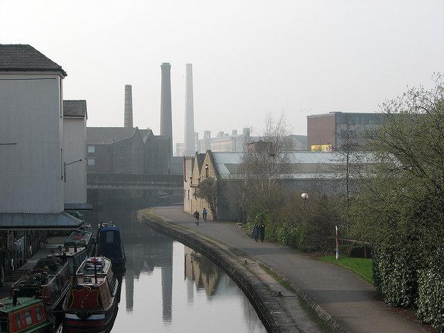 Shipley: canal wharf