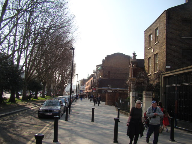 View along Mile End Road towards Whitechapel